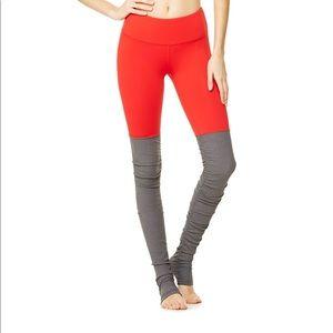 Alo Yoga Goddess Leggings in Ruby Red/Stormy Sz S